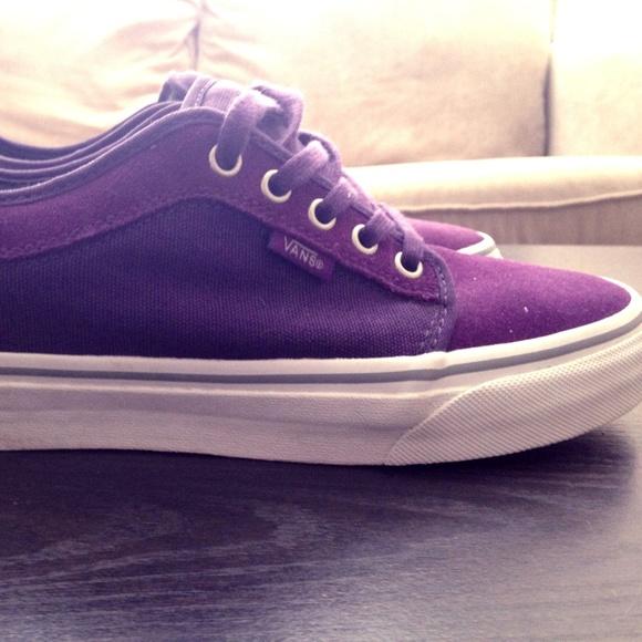 eec88e06ed Unisex Purple Vans Chukka Low Skate Shoes. M 5a65894c00450f034bf4cff4